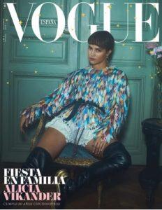 Vogue España – Diciembre, 2018 [PDF]